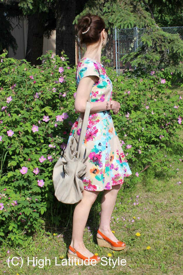#AgelessStyleLinkup summer favorites at http://www.highlatitudestyle.com OOTD floral dress