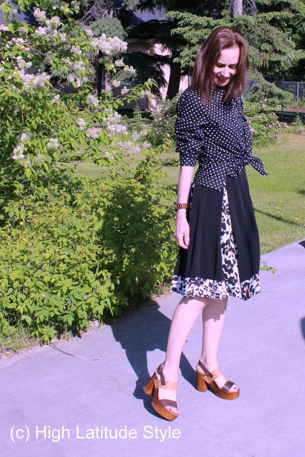 #maturefashion mixing polka dots and leopard in one outfit @ http://wp.me/p3FTnC-41U