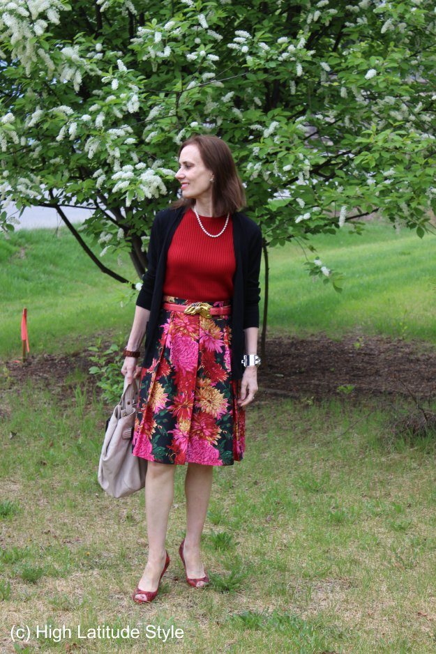 fashion over 50 summer work outfit to picnic look