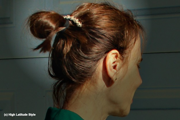 #updos blogger knot with barrette