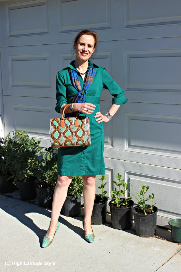 #fashionover40 mature woman in teal shirt dress at http://wp.me/p3FTnC-58x