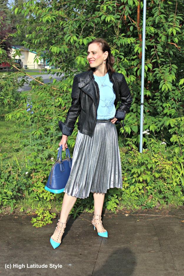fashionover40 mature woman wearing streetstyle
