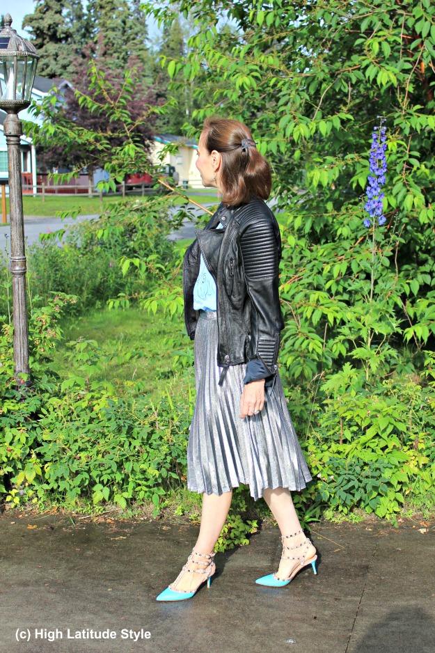 #maturestyle50+ woman wearing streetstyle