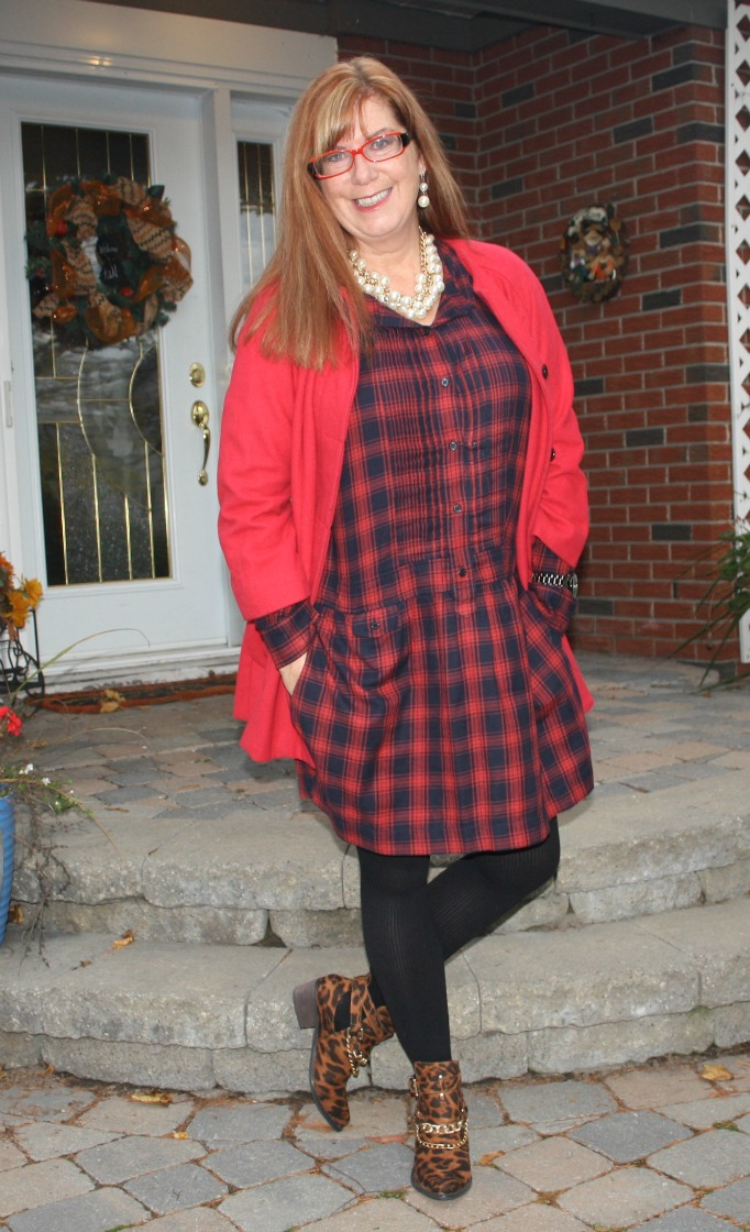 #redheads #fashionover40 redhead wearing red