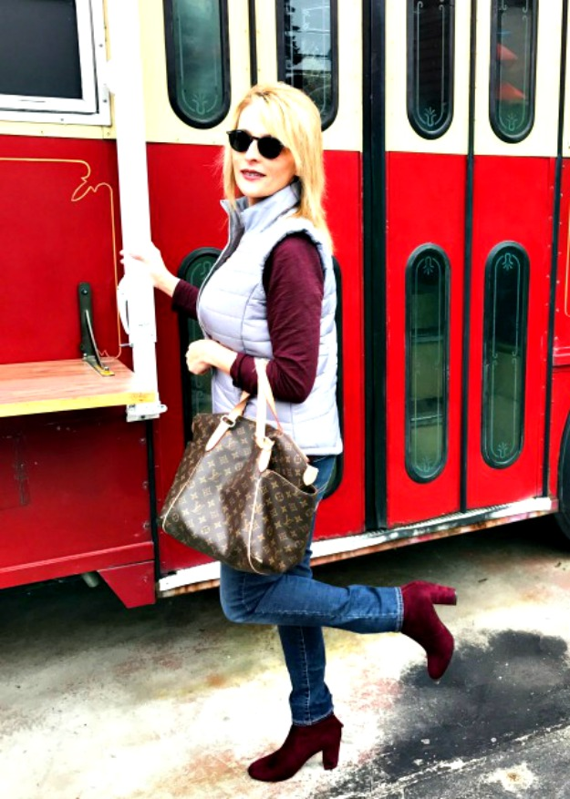 fashion over 40 woman in casual posh winter look