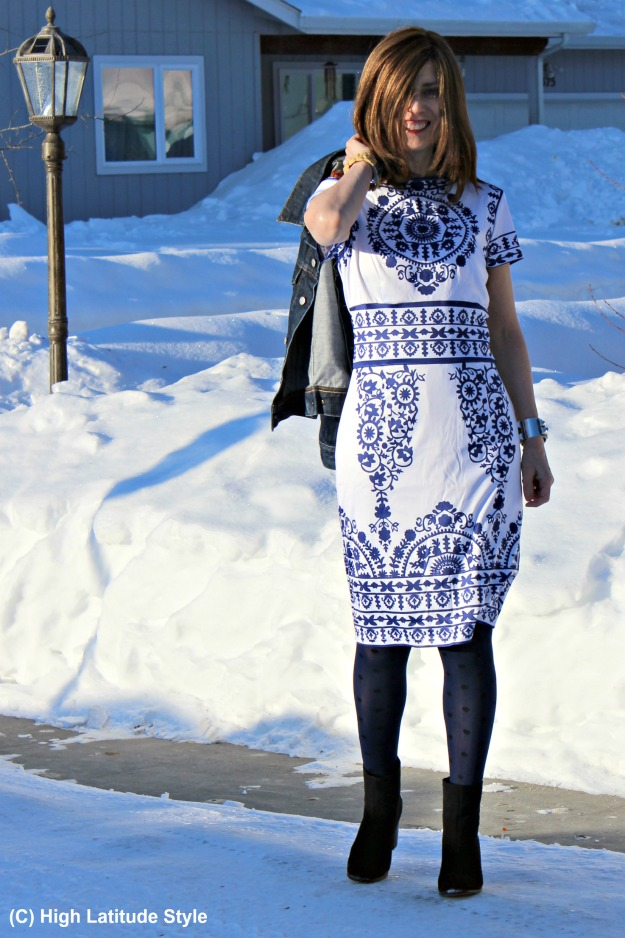 fashion over 40 woman in blue and white dress