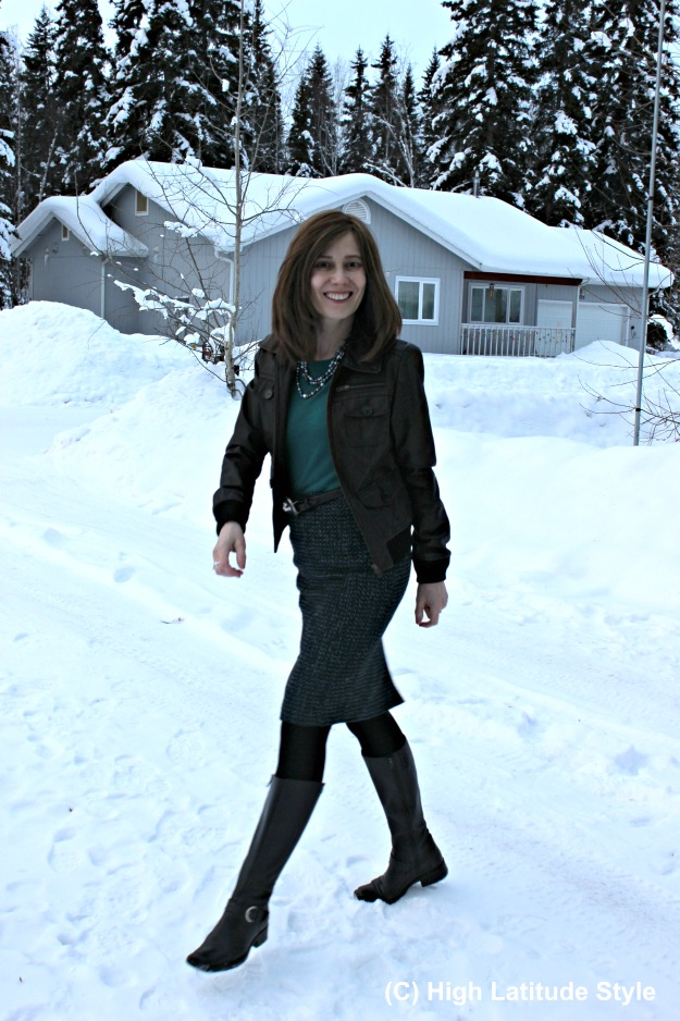 fashion over 40 woman in casual winter office look