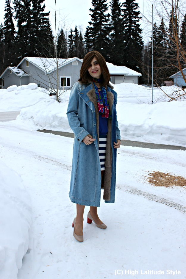 maturestyle woman in denim coat