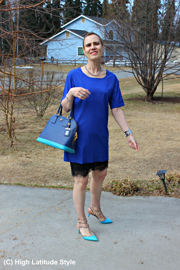 styleover50 woman in office look