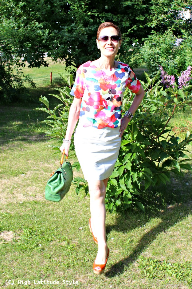 style over 50 petite woman in summer work outfit
