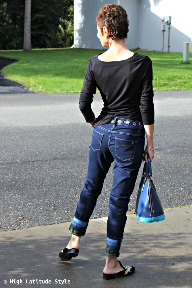 advanced fashion woman in fall weekend OOTD