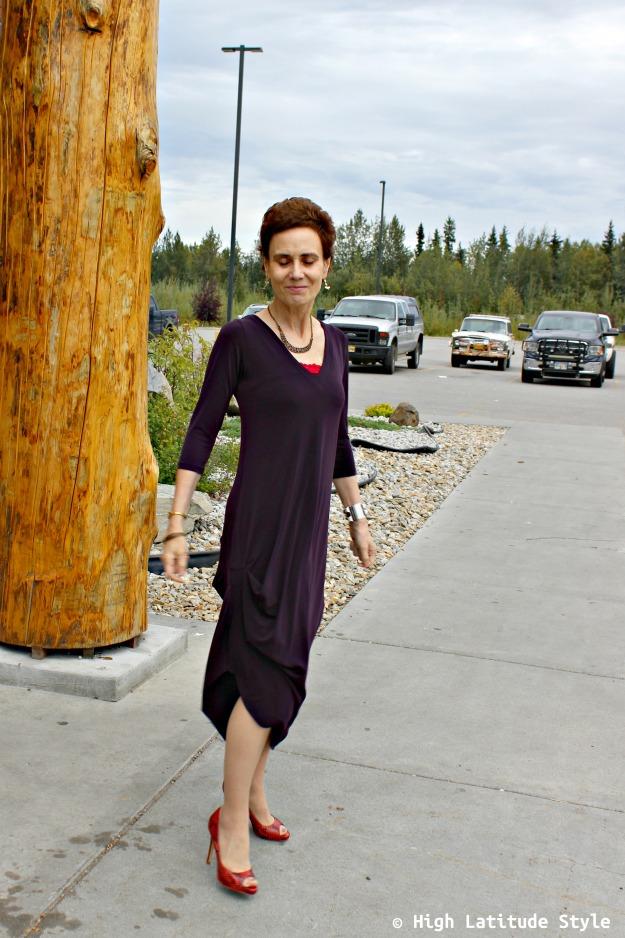 advanced style woman in drape dress
