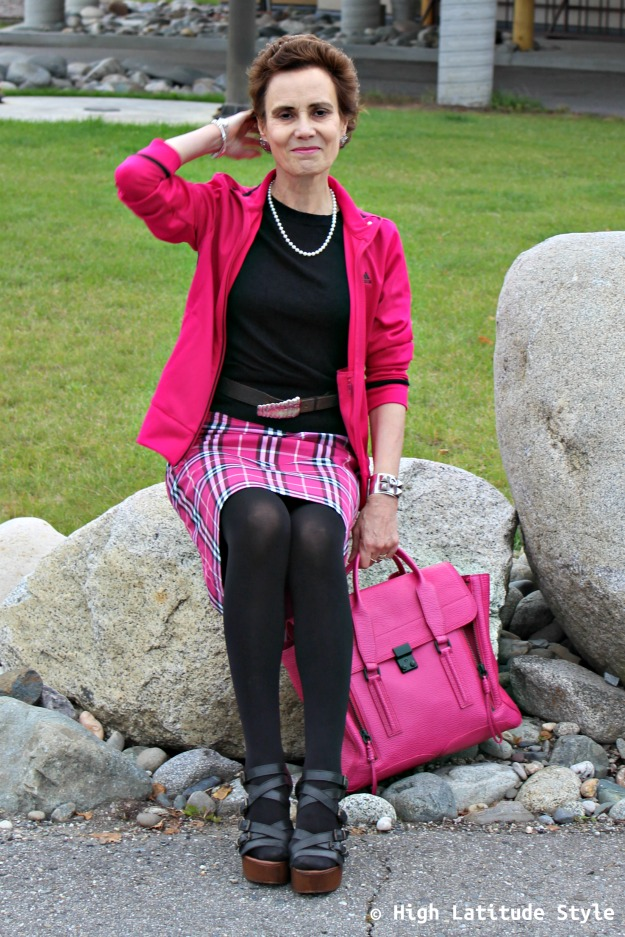 fall trends over 40 woman in plaid skirt