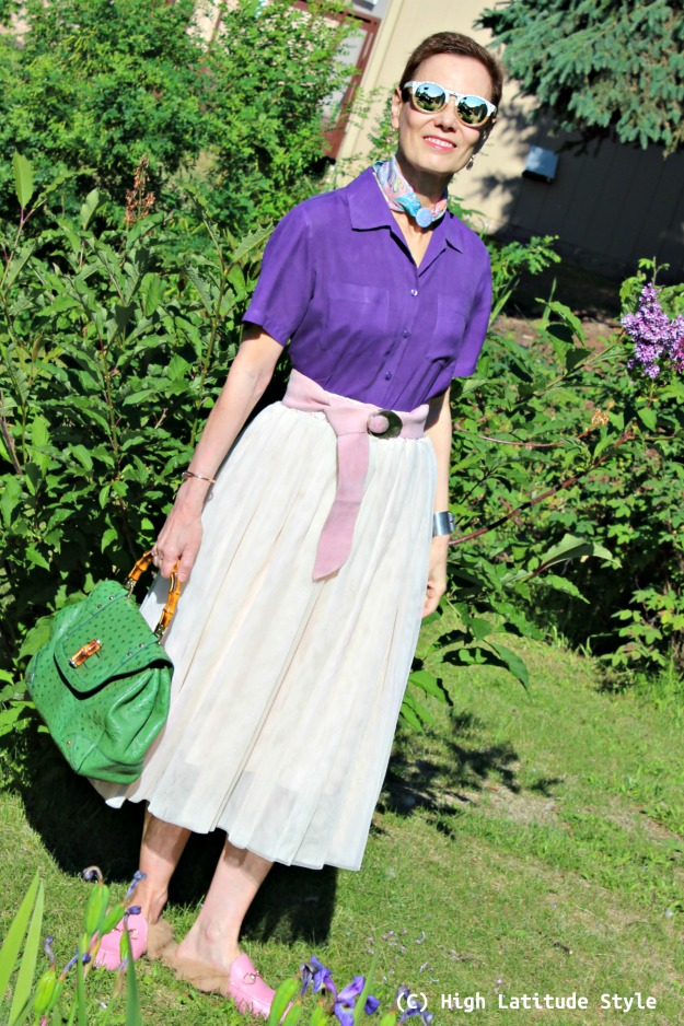 fashion over 50 woman in purple, blush, green summer look