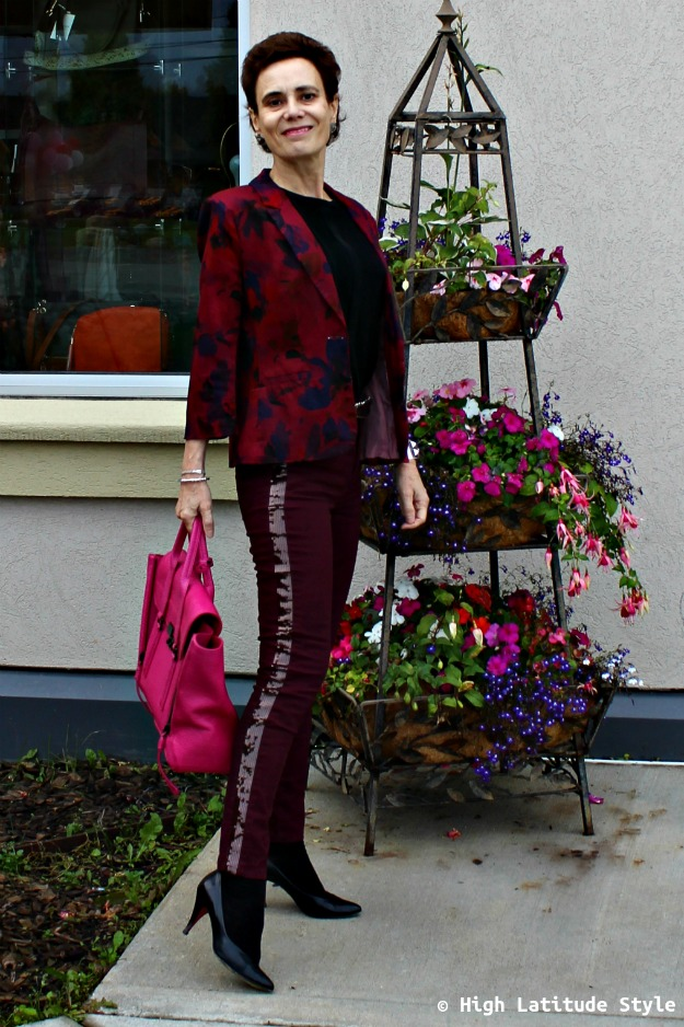 trends over 40 woman in sequin striped jeans