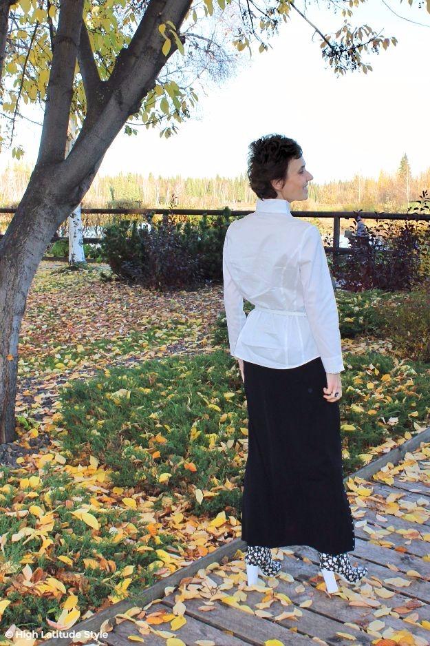 mature woman in black maxi skirt
