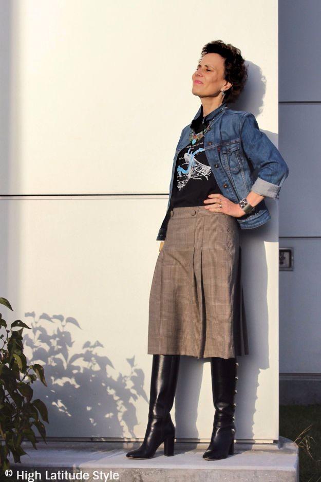 mature street style blogger look
