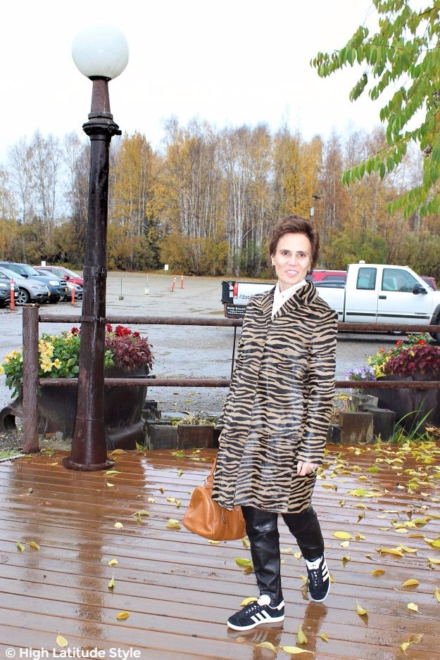 mature woman in fall outfit